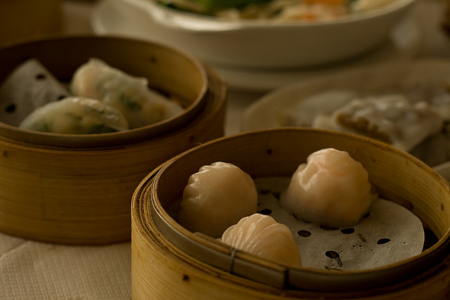 Lucky Peach Presents: Martin Yan Cooking Har Gow